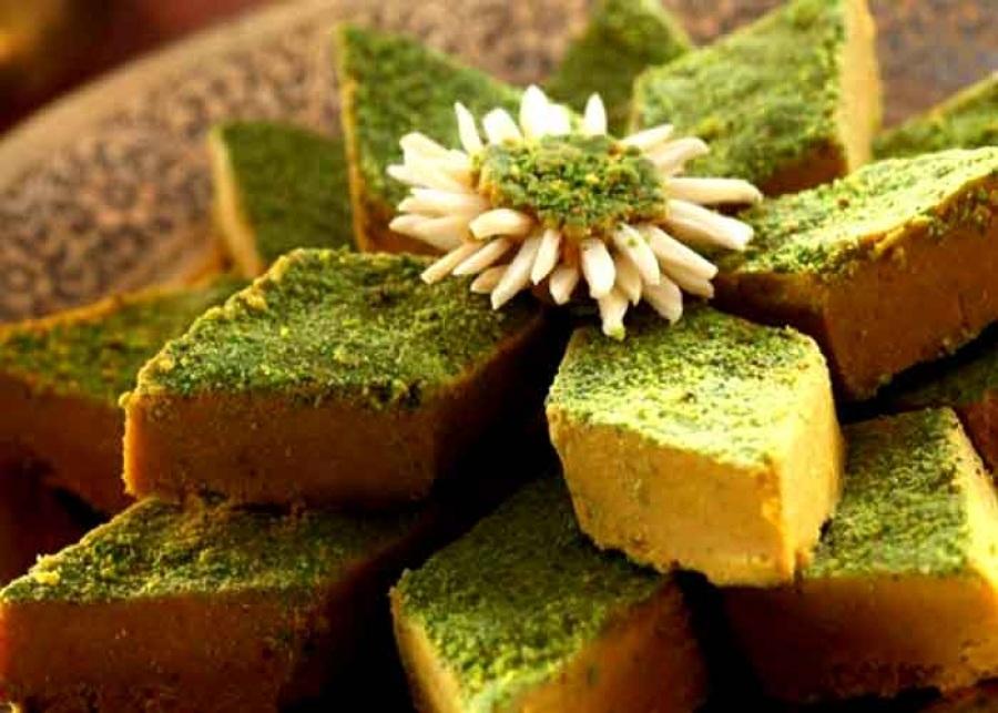 شیرینی سنتی اردبیل حلوای زنجبیلی