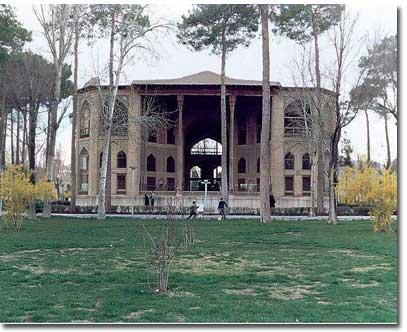 کاخ هشت بهشت اصفهان