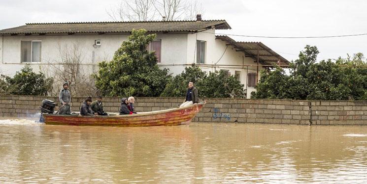روستای حسن آباد استان مازندران به طور کامل زیر آب رفته است.