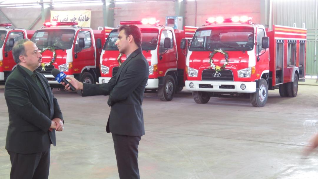 بهرهبرداری از خودروهای آتشنشانینیمهسنگین روستایی آغاز شد